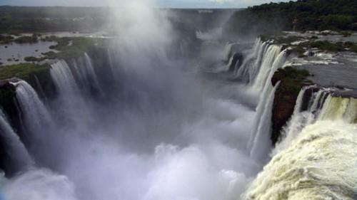 Home-Yann-Arthus-Bertrand waterfalls (500 x 281)